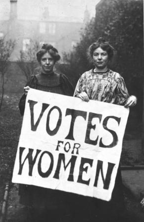 Suffragettes, Annie Kenny, Christabel Pankhurst, 1906 (catalogue ref: COPY 1/494)
