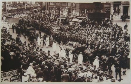 The funeral procession for Emily Davison (catalogue ref: ZPER 34/142)