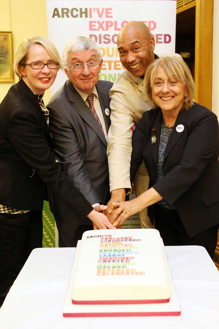 Campaign ambassadors cut the Campaign cake: Professor Joanna Bourke, Dr Hywel Francis MP, Dr Gus Casely-Hayford and Professor Lisa Jardine