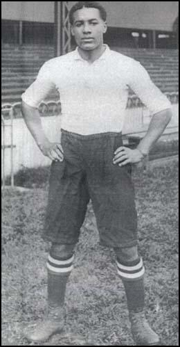 Walter Tull in his early footballing days with Tottenham Hotspur Football Club (with permission from Bruce Castle Museum -Haringey Culture, Libraries and Learning)