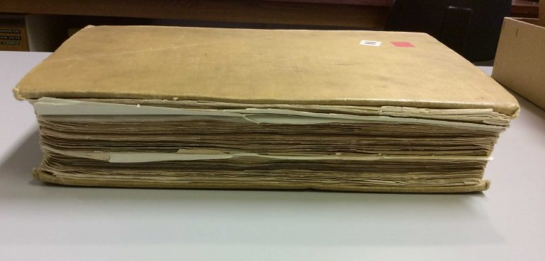 Different papers found in a FO 371 volume