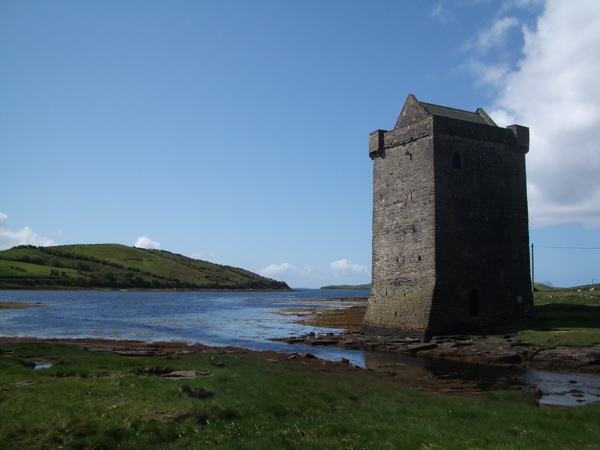 Image of a 16th century tower house on an inlet from Clew Bay near Rockfleet Castle