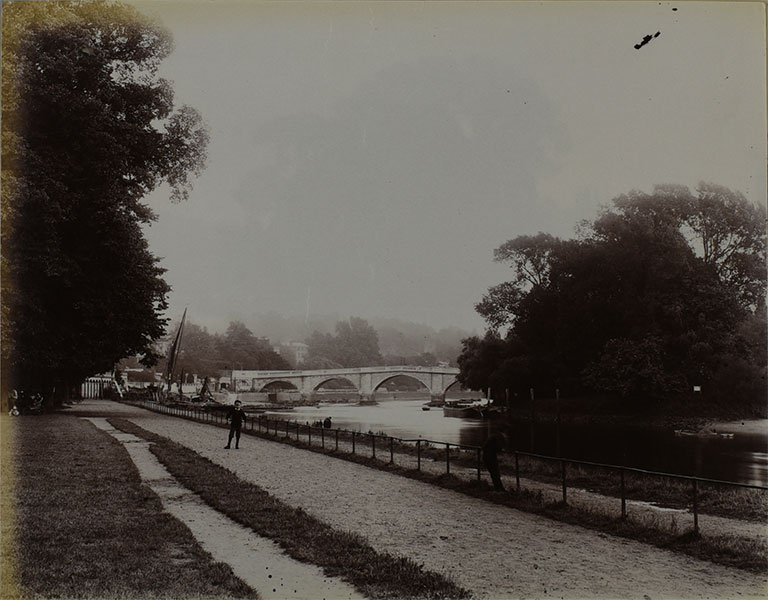 Photograph of the Thames at Richmond from towpath, 1885