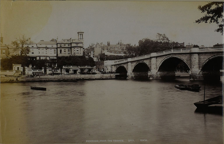 Photograph of Richmond from the Thames, 1900