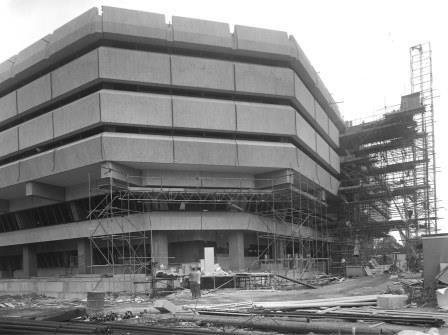 PRO 62/5: Kew 1: The west face, under construction, 1975.