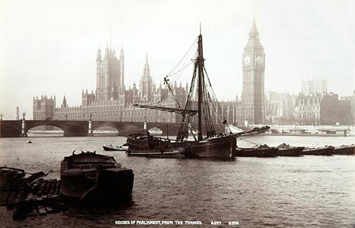 Houses of Parliament with boats, 1899. Catalogue ref COPY 1/443/396 (i)