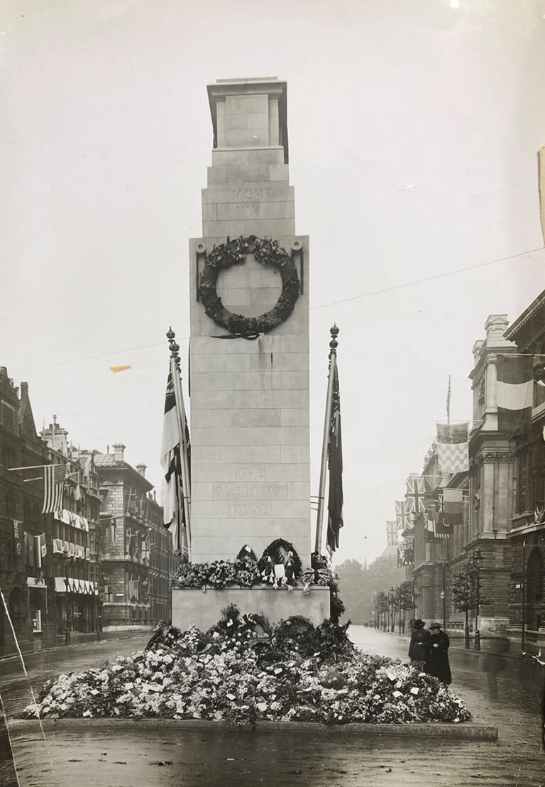 Photograph of the Cenotaph November, 1920.