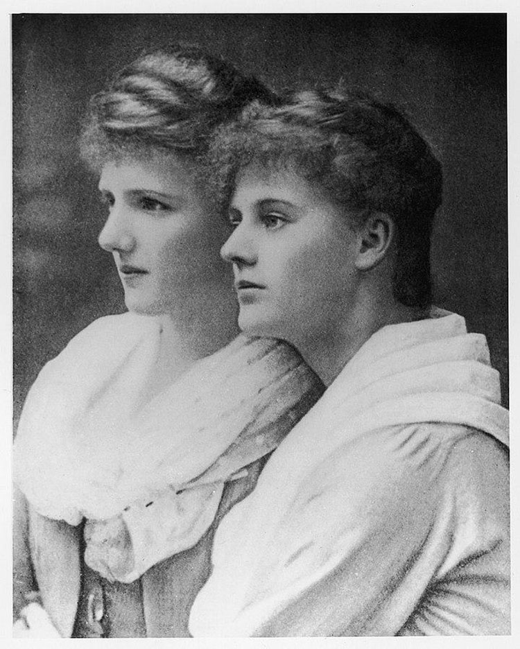 Black and white portrait photograph of va Gore-Booth (left) and older sister Constance (right).