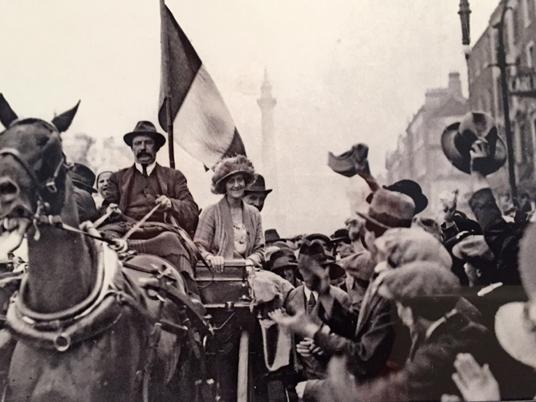 The Countess arriving in Dublin following her release from Holloway Prison in 1917, surrounded by a crowd of cheering supporters.
