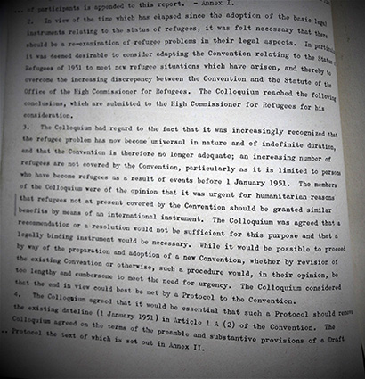 Report on a colloquium held on 21-28 April 1965, at Bellagio, Como on 'The Legal Aspects of Refugee Problems' organised by the Carnegie Endowment for International Peace, with the support of the Swiss Government.